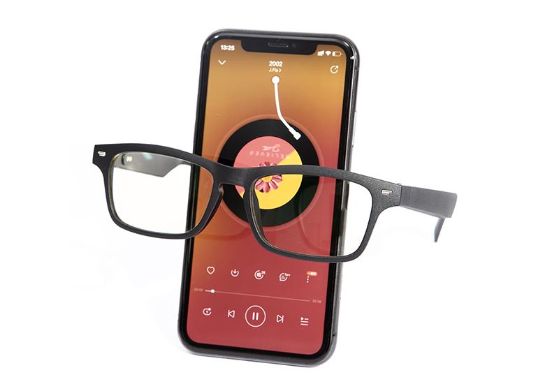 16655# 时尚潮流蓝牙智能眼镜(防蓝光镜片和偏光镜片可选)